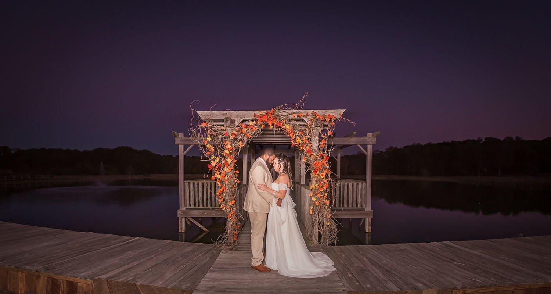 Wedding bride and groom portrait | Wedding photographer Raleigh NC