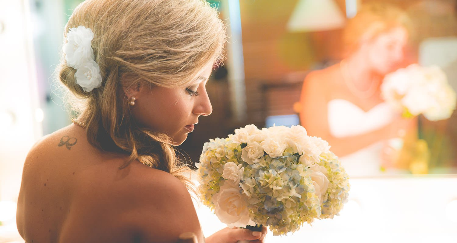 Wedding bride portrait getting ready | Wedding photographer Raleigh NC