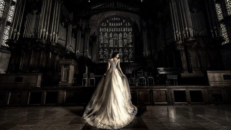 Bride at church big wedding dress    | Wedding photographer Raleigh NC