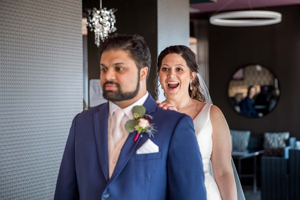 raleigh-wedding-photographer-getting-ready-Market-Hall-15.jpg