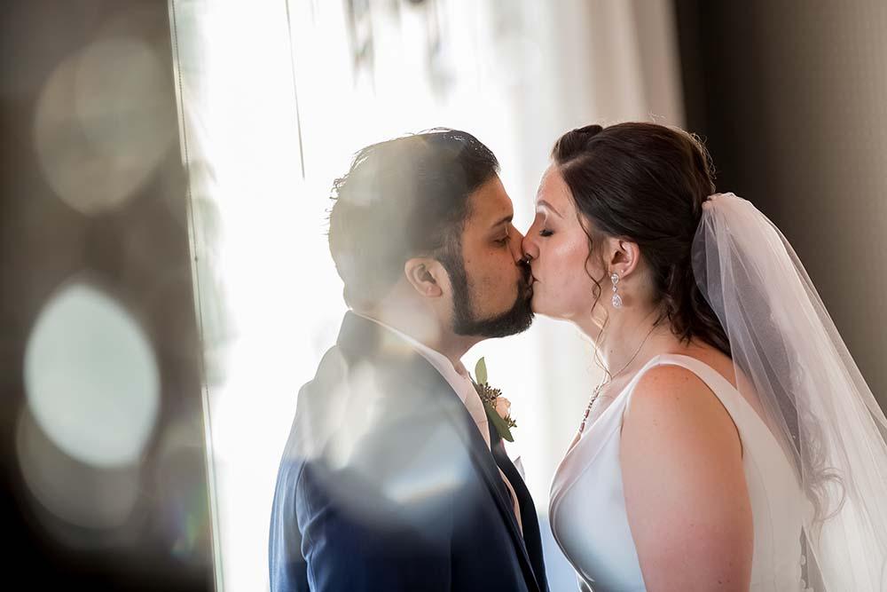 raleigh-wedding-photographer-getting-ready-Market-Hall-18.jpg