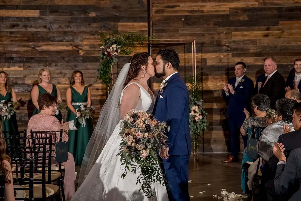 raleigh-wedding-photographer-getting-ready-Market-Hall-39.jpg