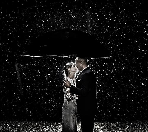 photos-by-clay-wedding-couple-rain-wedding-photographer-north-carolina.jpg