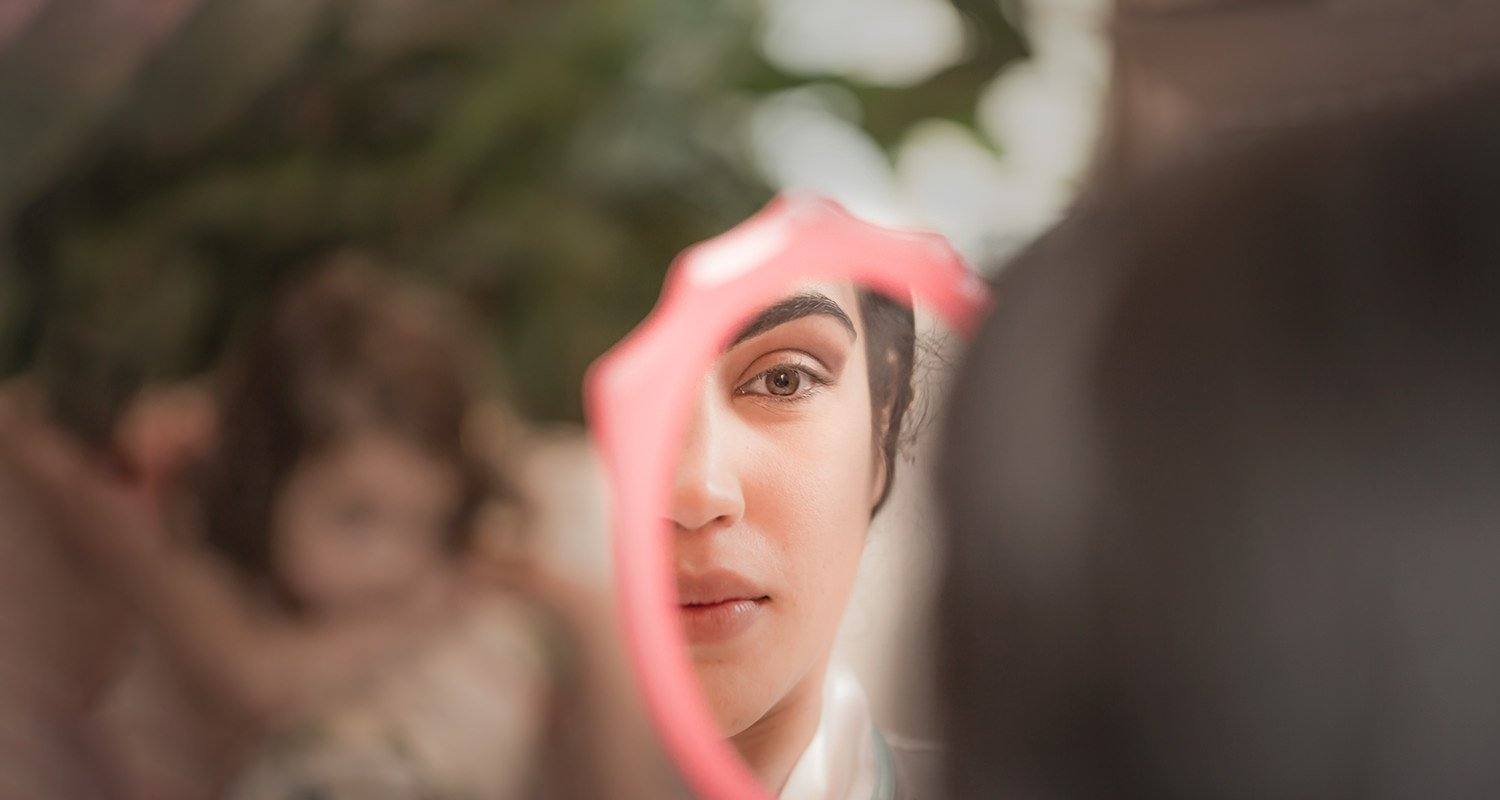 Wedding bride mirror reflection | Raleigh wedding photographer