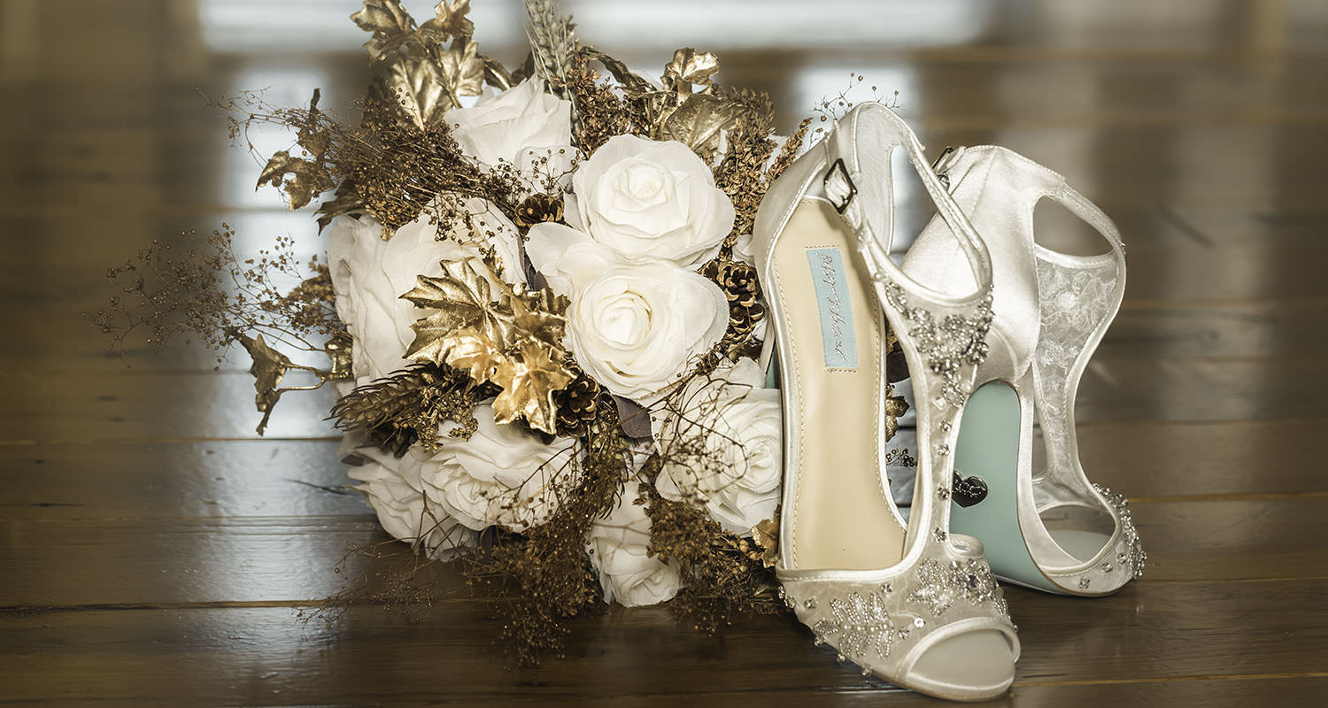 Bride shoes and bouquet | Raleigh wedding photographer