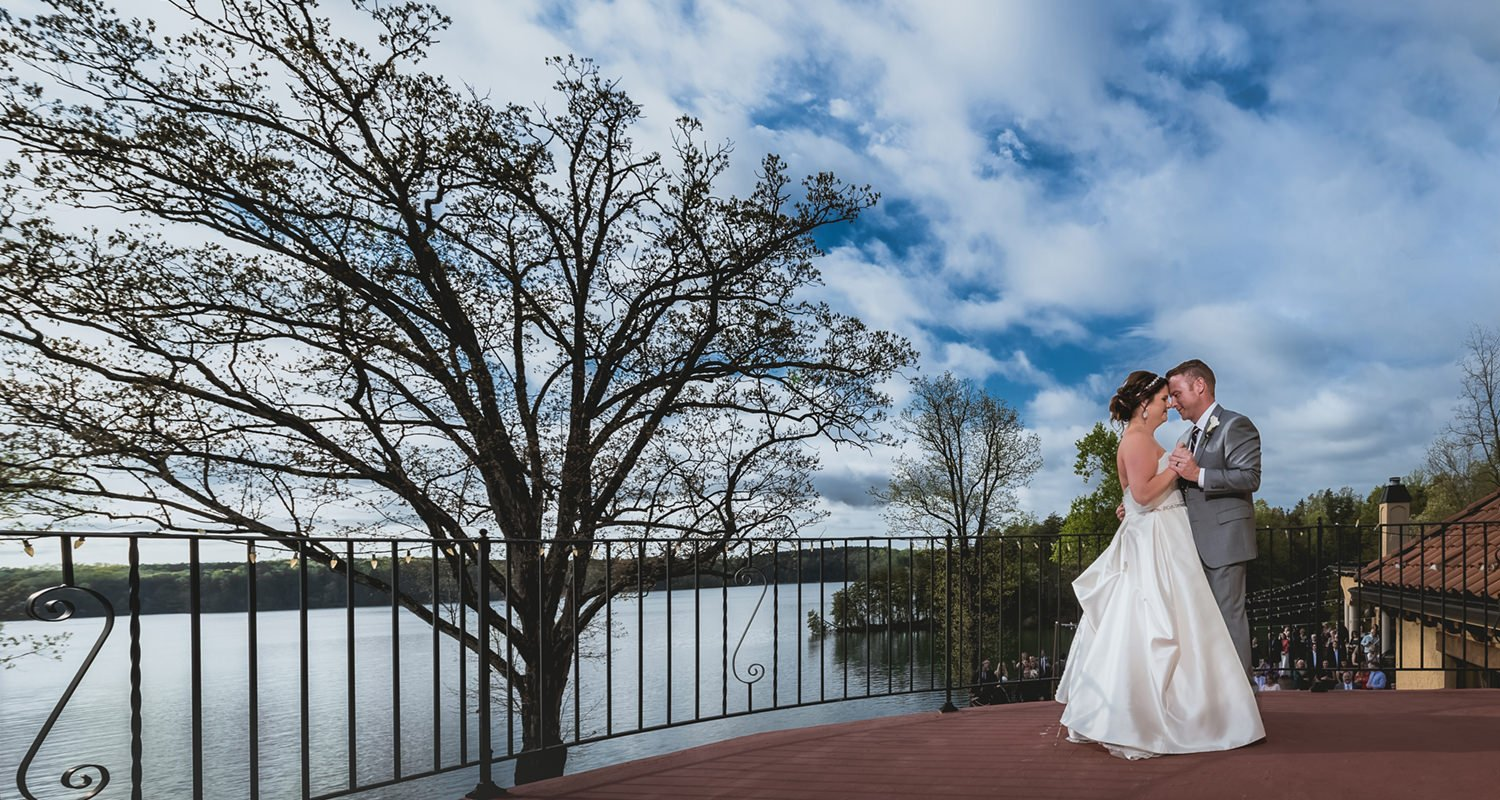 Wedding couple first dance - Bella Collina Mansion weddings  | Raleigh wedding photographer